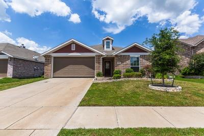 Forney Single Family Home For Sale: 2004 Enchanted Rock Drive