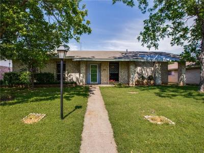 Farmers Branch Single Family Home For Sale: 13123 Kerr Trail