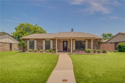 Coppell Single Family Home For Sale: 454 Clear Creek Lane