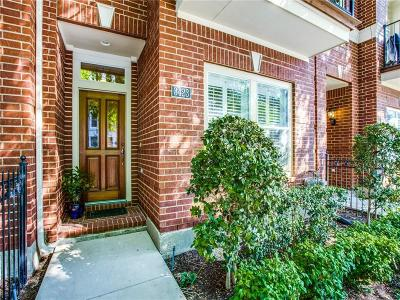 Townhouse For Sale: 3423 Howell Street