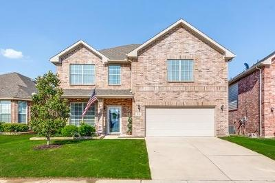 Fort Worth Single Family Home For Sale: 9216 Tierra Verde Trail