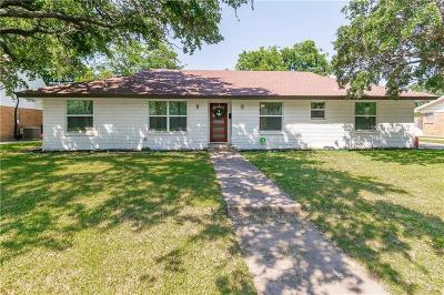 Single Family Home For Sale: 4904 Westlake Drive
