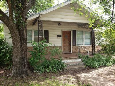 Single Family Home For Sale: 1104 W Main Street