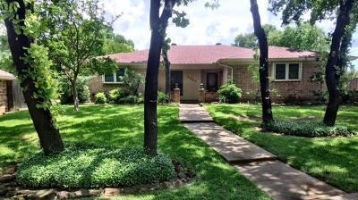 Bedford Single Family Home For Sale: 2900 Live Oak Lane