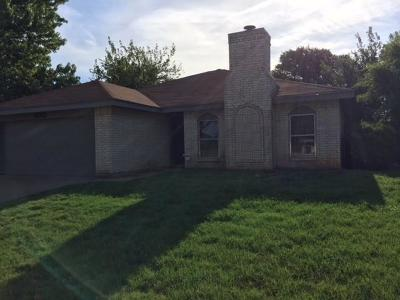 Bedford Residential Lease For Lease: 3012 Richwood Circle