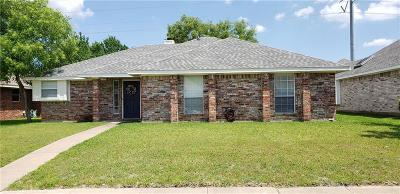 Garland Single Family Home For Sale: 3014 Andrea Lane