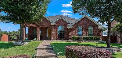 Frisco Single Family Home For Sale: 8300 Towne Bridge Drive
