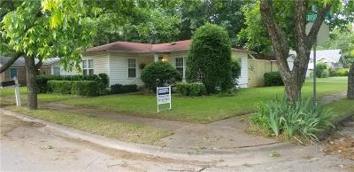 Johnson County Single Family Home For Sale: 407 Madison Street