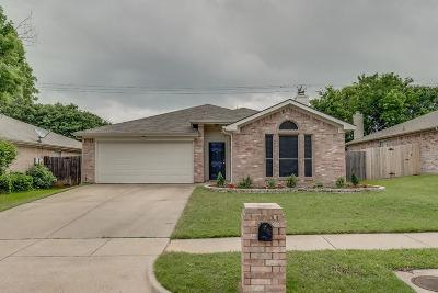 Arlington Single Family Home For Sale: 5919 Fawn Meadow Trail