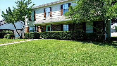 Garland Single Family Home For Sale: 2525 Meadow Lane