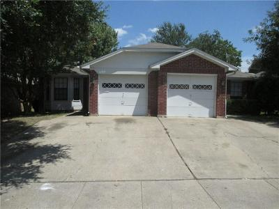 Tarrant County Multi Family Home Active Option Contract: 6317 Peggy Drive