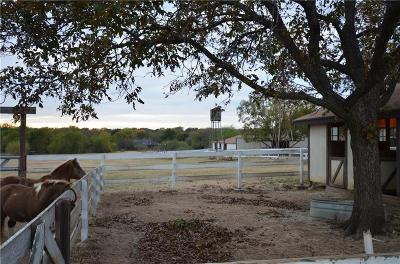 Tarrant County Farm & Ranch For Sale: 7125 Douglas Lane
