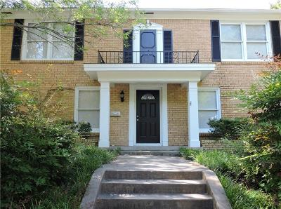 Residential Lease For Lease: 2309 Pembroke Drive #B