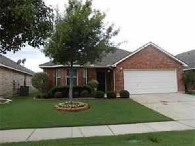 Mansfield Single Family Home For Sale: 94 Bridgewood Drive