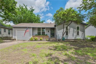 Garland Single Family Home For Sale: 841 Bowie Street