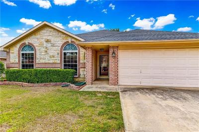 Saginaw Single Family Home For Sale: 1073 Hillwood Drive