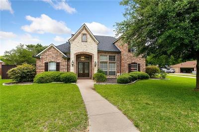 Denton Single Family Home For Sale: 3825 Granada Trail