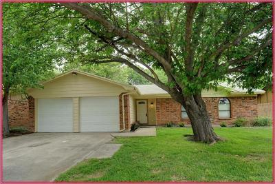 Haltom City Single Family Home For Sale: 5701 Brent Drive