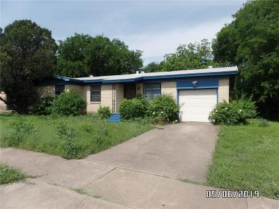 Fort Worth Single Family Home For Sale: 5336 Hensley Drive