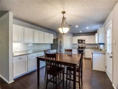Tarrant County Single Family Home For Sale: 7905 Tin Cup Drive