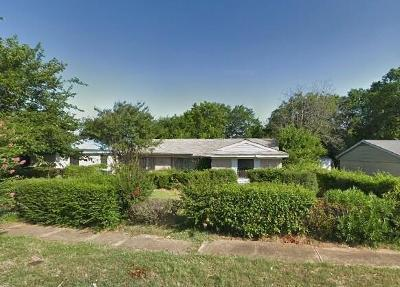Dallas Single Family Home For Sale: 6025 Park Manor Drive