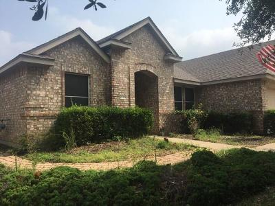 Denton Single Family Home For Sale: 2721 Hereford Road