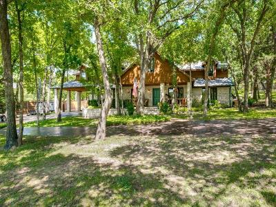 Tarrant County Single Family Home For Sale: 1419 Sandhill Court