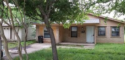 Fort Worth Single Family Home For Sale: 4745 McCart Avenue