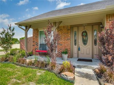 The Colony Single Family Home For Sale: 5800 Truitt Circle