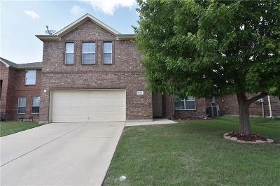 Fort Worth Single Family Home For Sale: 5136 Meandering Creek Court