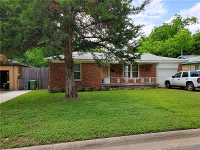 Tarrant County Single Family Home For Sale: 425 Harmon Road