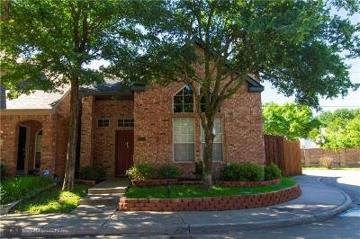 Dallas Single Family Home For Sale: 7136 Nicole Place