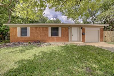 Arlington Single Family Home For Sale: 1622 Browning Drive