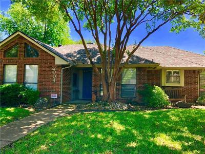 Carrollton Single Family Home For Sale: 2004 Espinosa Drive