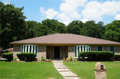 Dallas, Fort Worth Single Family Home For Sale: 1808 Crooked Lane