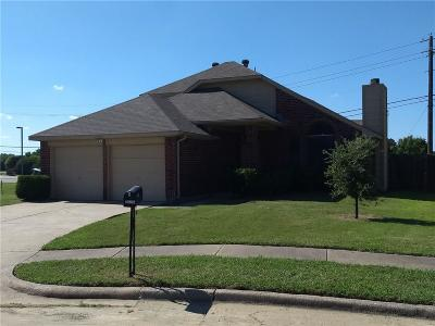 Balch Springs Single Family Home For Sale: 12927 Parker Court