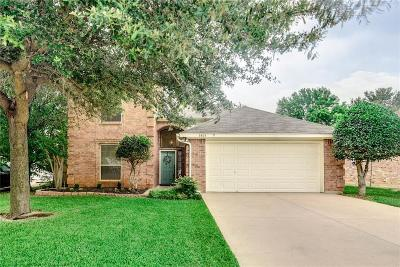 Arlington Single Family Home For Sale: 5815 Sterling Green Trail