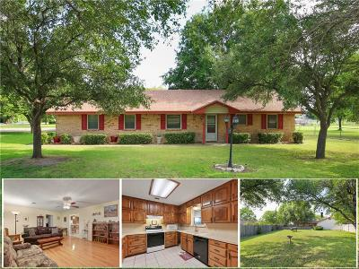 Haslet Single Family Home For Sale: 106 Brentwood Lane