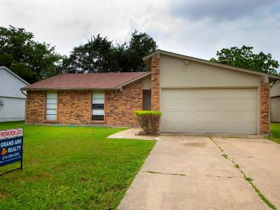 Garland Single Family Home For Sale: 5601 Briarcrest Drive