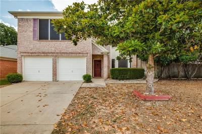 Euless Single Family Home For Sale: 902 Waterford Way