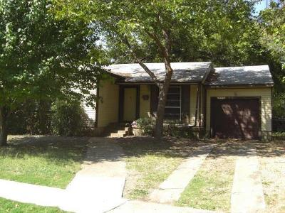 Grand Prairie Single Family Home For Sale: 918 Ralph Street