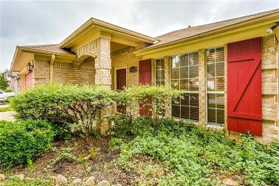 Fort Worth Single Family Home For Sale: 6924 Coldwater Canyon Road