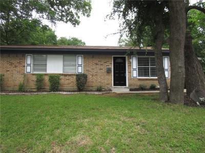 Garland Single Family Home For Sale: 1005 Curtis Drive