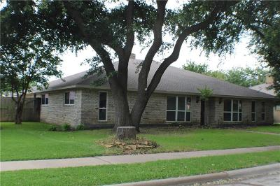 Plano Single Family Home Active Option Contract: 2620 Windsor Place