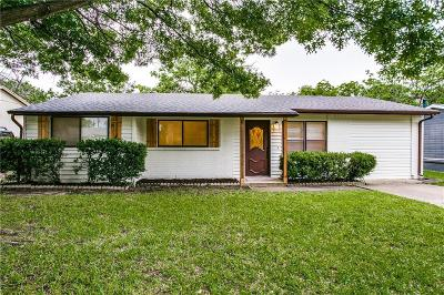 Arlington Single Family Home For Sale: 1004 Glynn Oaks Drive