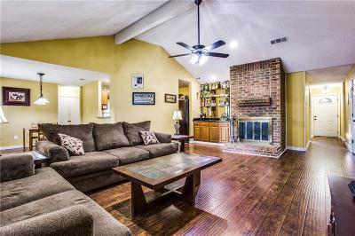 Bedford Single Family Home For Sale: 3501 Ridge Haven Circle
