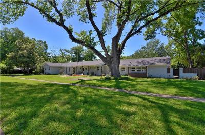 Garland Single Family Home For Sale: 1324 Briarwood Drive