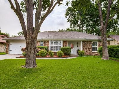 North Richland Hills Single Family Home For Sale: 5720 Bermuda Drive