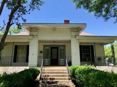 Hubbard Single Family Home For Sale: 300 2nd Street