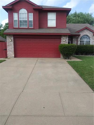 Fort Worth Single Family Home For Sale: 2700 Clovermeadow Drive